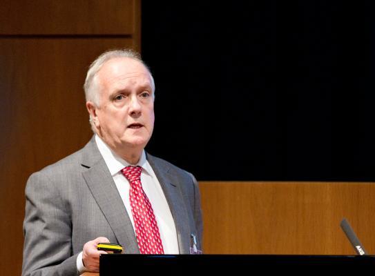 Dr Berwyn Clarke