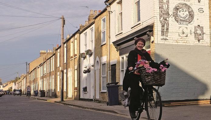 Cyclist_Mill Road Cambridge