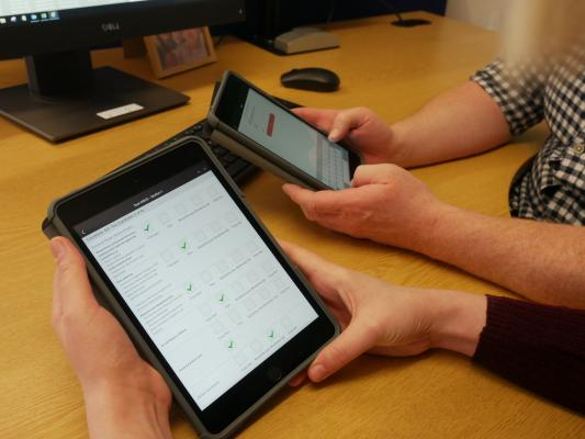 Speedwell eSystem exam Software on a tablet